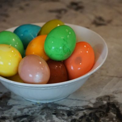The Best Way to Dye Easter Eggs : Dye the Egg Whites